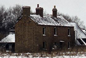 Magpie Farm shortly before demolition