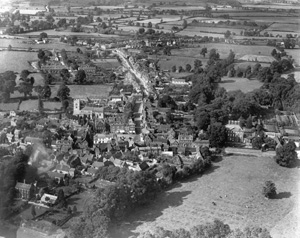 Aerial view of Winslow in the 1950s (Winslow History, www.winslow-history.org.uk)